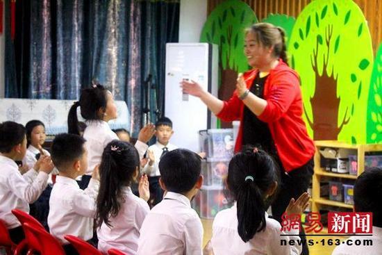 江苏滨海县多举措提升幼儿教师素质