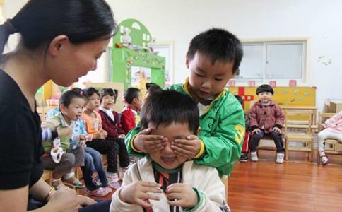谈论右脑发育是否真的适合中国儿童
